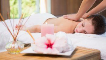 Le massage post natal